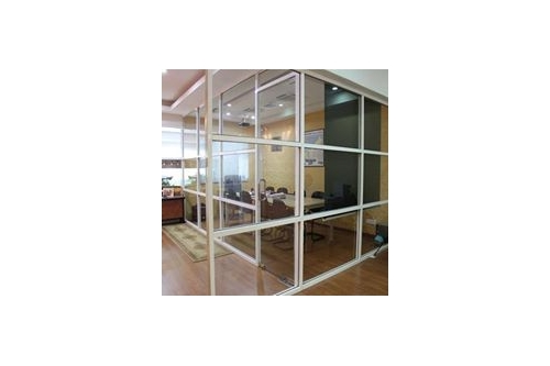 Aluminium Frame w Glass Partition
