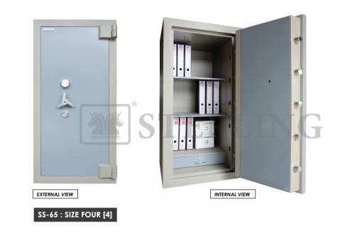 Banker Safe SS-65 - Size Four (4)