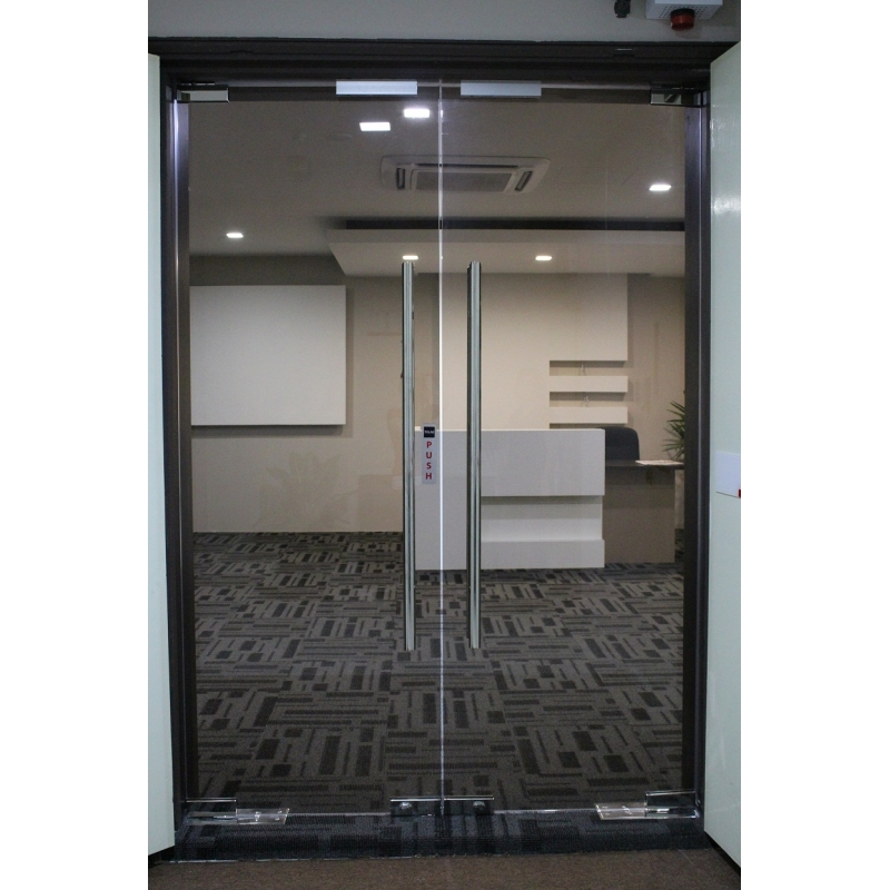 Frameless 12mm Tempered Glass Door Leading Office