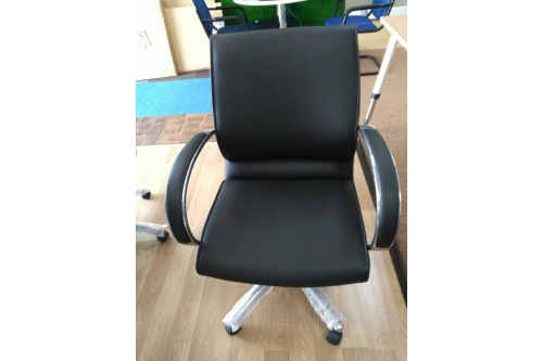 Office Lowback Chair 01